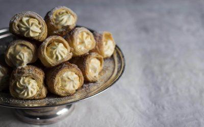 Caramel Puff Pastry Cream Horns